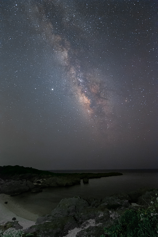 入り江に昇る天の川B.jpg