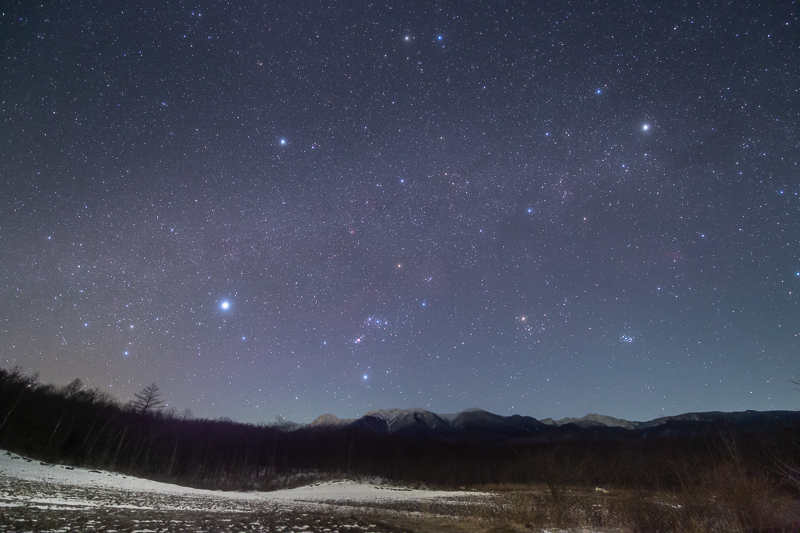 八ヶ岳と冬のダイヤモンドB.jpg