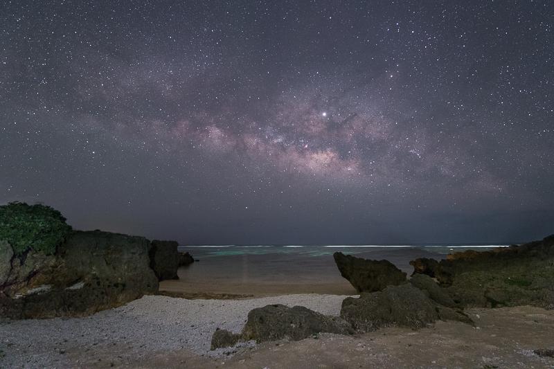 宮古島に昇る天の川B.jpg