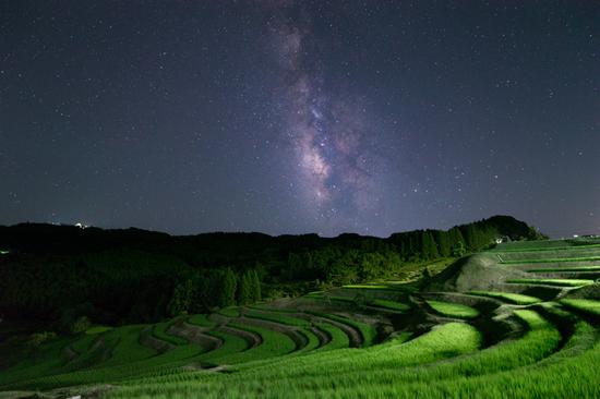 棚田と天の川B.jpg